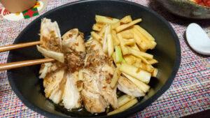 電気圧力鍋クッキングプロで作った茹で鶏の柔らかさ