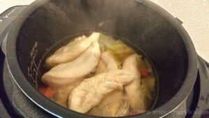 電気圧力鍋クッキングプロで作ったささみ野菜コンソメスープ